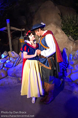 DVC Moonlight Magic at Magic Kingdom (Disney Dan) Tags: snowwhiteandthesevendwarfsmovie snowwhite waltdisneyworld disney magickingdom snowprince disneycharacters disneyparks dvcmoonlightmagic 2019 winter february character characters dvcmoonlightmagicevent disneycharacter disneyphoto disneypics disneypictures disneyworld disneyssnowwhite fl fevrier florida mk moonlightmagic moonlightmagicevent orlando princeflorian snowwhitemovie theprince travel usa vacation wdw