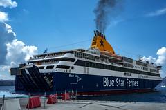 Blue Star Delos (Nebelkuss) Tags: santorini puertonuevo islasgriegas greekislands maregeo aegeansea ferry bluestar fujixpro1 fujinonxf23f14