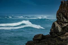 séries de vagues (mimu_13) Tags: bretagne europe finistere france penmarch mer paysage vague wave samsungnx nx500