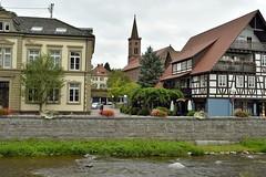 _DSC4412 (SLVA49) Tags: rio agua pared arboles flores casas coches iglesia farolas gente nikon df 35mm