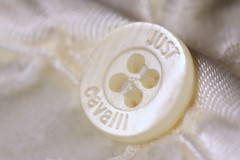 MM - White on white (MT_Photography) Tags: macromondays whiteonwhite button white macro macrophotography