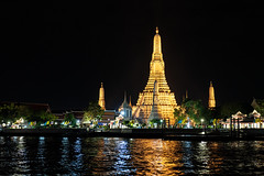 Golden temple (S. Ken) Tags: fe2470mmf28gm sel2470gm a7riii a7r3 7rm3 sony e ソニー gmaster alpha α river cruise watarun bangkok thailand golden tower タイ バンコク