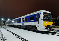 165013 (R~P~M) Tags: train railway diesel dmu multipleunit 165 turbo arriva chilternrailways dapot shed tmd aylesbury snow bucks buckinghamshire england uk unitedkingdom greatbritain night