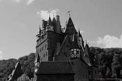I_B_IMG_9805 (florian_grupp) Tags: europe germany rheinlandpfalz rhinelandpalatine burgeltz castle fairy tale elz eltz medieval forest mosel