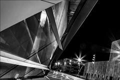 Les musiques de la nuit... / Musics of the night... (vedebe) Tags: ville city rue street architecture conservatoire aixenprovence lumières etoiles gtp noiretblanc netb nb bw monochrome nuit poselongue poseslongues vitres reflets reflexions