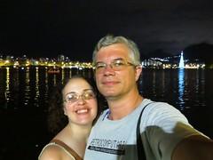 img_0672 (Ricardo Jurczyk Pinheiro) Tags: reflexo água iluminação selfie árvoredenatal ricardo lagoarodrigodefreitas mariacláudia riodejaneiro