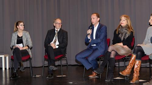 Bei der Eröffnung des Wissenschaftsforums an der Europaschule Gymnasium Westerstede habe ich an einer Podiumsdiskussion teilgenommen.