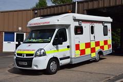 Warwickshire - BX08GVN - Kenilworth - FESS (matthewleggott) Tags: warwickshire fire rescue service engine appliance kenilworth bx08gvn fess renault victim support british red cross emergency