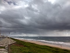 Salvador (marciaaki05) Tags: sea clouds beach salvador bahia brasil cloudy temporal nwn