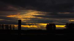 Sundown at the Rhine (frankdorgathen) Tags: sony sonyrx10m3 sonyrx10iii himmel sky wolken clouds autumn fall herbst sonnenuntergang sunset sundown rhein rhine hitdorf leverkusen landschaft landscape