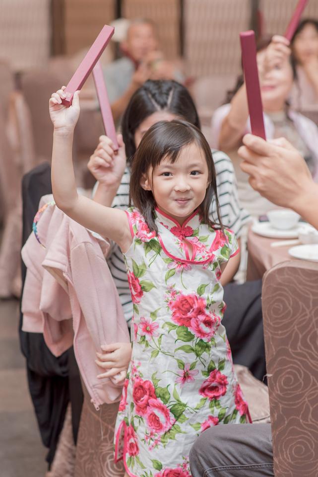 台南東東宴會式場 婚宴 走在幸福的紅毯上 R & B 133