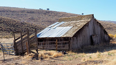 Abandoned (Eclectic Jack) Tags: eastern oregon trip october 2018 rural agriculture farm farming autumn fall mountains irrigation abandoned barn fence gate hill hillside shadow grass fencedfriday