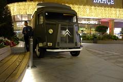 Citroën H Van (mesutsuat) Tags: fujifilm xt20 xf 1855 mm f28 night shot longexposure velvia film simulation istanbul turkey van citroen h hy vw volkswagen t2 hippie bus minibus piazza 1970s old