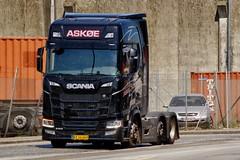 BX56669 (18.05.25, Østhavnsvej, Oliehavnsvej)DSC_8672_Balancer (Lav Ulv) Tags: 248990 portofaarhus askøetransport scania newgen nextgen s500 rsseries sseries scaniasseries oliehavnsvej topl topline euro6 e6 6x2 black 2018 truck truckphoto truckspotter traffic trafik verkehr cabover street road strasse vej commercialvehicles erhvervskøretøjer danmark denmark dänemark danishhauliers danskefirmaer danskevognmænd vehicle køretøj aarhus lkw lastbil lastvogn camion vehicule coe danemark danimarca lorry autocarra danoise vrachtwagen trækker hauler zugmaschine tractorunit tractor