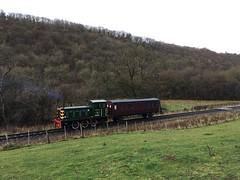 D2207 hauls 1111 to Newbridge near 11.5 milepost 20Nov18