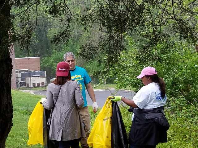 AWS Earth Day Clean-Up 2017