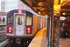 IMG_3040 (GojiMet86) Tags: mta irt nyc new york city subway train 2001 r142 6881 west farms square east tremont avenue