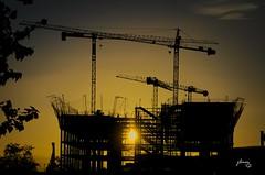 Atardecer en construcción (jlmm_morales) Tags: sunset atardecer construction construccion málaga costadelsol españa andalucia nikon d5100 spain horadorada goldenhour golden dorada