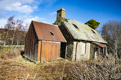 _DWM2897 (daviemoran1) Tags: glenquaich perthshire derelict house abandoned old rust corrugatediron