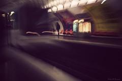 Perdu de vue à Mabillon (Loran de Cevinne) Tags: lorandecevinne métro mabillon pentax paris france people personnage flouartistique flou blur station underground quartierlatin