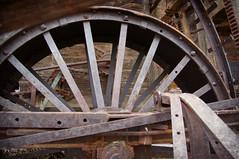 Contraption (nedlugr) Tags: california ca usa wheel farmequipment farmimplements historic ruraldecay ruralwest rust rustic weatheredwood weathered