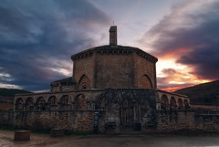 Ponerse el sol (Jaime A Ballestero) Tags: jaimea eunate iglesia navarra románico atardecer puesta sol