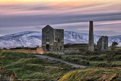 Tankardstown Coppermine At Last Light (Spookwoman) Tags: tankardstown geopark coppercoast waterford ireland history snow comeragh mountains comeraghs sunset bunmahon copper mine