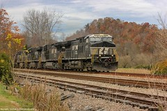 NS 744 clear by the North End of Starnes (aka Slant) on the Clinchfield Route. (Railroad Gal) Tags: norfolksouthern ns744 coaltrain dukepowertrain ns4153 ac44c6m tier4locomotive generalelectric diesellocomotive railroad train railfan femalerailfan railfanning foliage fall autumn scottcountyvirginia starnessiding slantva southwestva appalachianmountains landscape mountains clouds