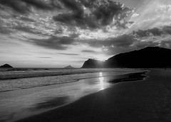Sunset in Cambury (Luana L Martinez) Tags: beach saosebastiao cambury ferias praia nature family pordosol sunset brasil sun verao lovemusic summer poetry myownpoetry blackwhitephotos blackandwhite