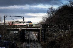 Mid Winter Swallow (Andrew Shenton) Tags: 91119 swallow intercity copley hill leeds 1d08 lner