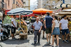 Out in front II (Nodding Pig) Tags: palermo market street shoppers sicily sicilia italy italia summer pedestrian 2018080700290101