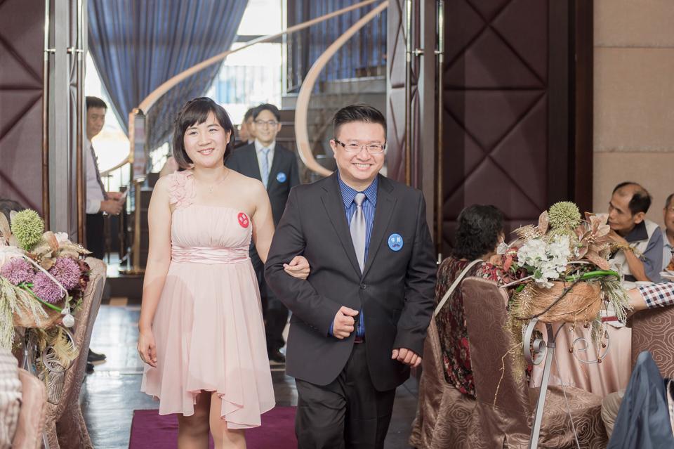 台南東東宴會式場 婚宴 走在幸福的紅毯上 R & B 103