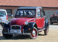 HOO 710Y (Nivek.Old.Gold) Tags: 1983 citroen 2cv6 charleston 602cc royhgtolley colchester