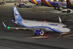 XA-CRM (Rich Snyder--Jetarazzi Photography) Tags: interjet abcaerolineas aij 4o airbus a320 a320200 a320214 xacrm departure departing sanfranciscointernationalairport sfo ksfo millbrae california ca airplane airliner aircraft jet plane jetliner ramptowera rcta atower dark night lights