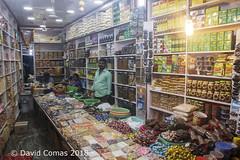 Kanyakumari - Night Market (CATDvd) Tags: nikond7500 bhāratgaṇarājya india índia republicofindia repúblicadelíndia भारतगणराज्य repúblicadelaindia tamilnadu tamiḻnāṭu தமிழ்நாடு kanyakumari கன்னியாகுமரி september2018 catdvd davidcomas httpwwwdavidcomasnet httpwwwflickrcomphotoscatdvd market mercado mercat portrait retrat retrato
