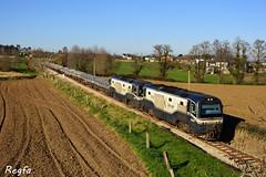 Luarca (REGFA251013) Tags: mercancias xove aluminio tren train comboio via estrecha diesel gasoleo asturias galicia renfe luarca
