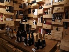 Torino | Eataly Wine Corner (Toni Kaarttinen) Tags: italy italia italie italien italio piedmont torino turin holiday daytrip eataly wine wines shop