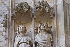 Statuen / Statues (schreibtnix on 'n off) Tags: reisen travelling frankreich france normandie stadt town rouen kathedrale cathedral gotik gothicstyle statuen statues olympuse5 schreibtnix