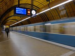 Moving train (jrw080578) Tags: train clock underground germany deutschland bavaria bayern munich münchen ubahn