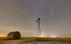 Classic farm (John Andersen (JPAndersen images)) Tags: alberta comet december night orion vulcan