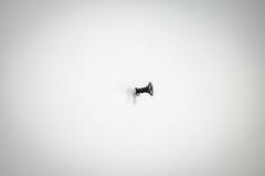 Tornillo (Edgar.Omar) Tags: simple minimalistic screw tornillo pared monochrome pentax k50 helios44k4582 russianglass kmz white black