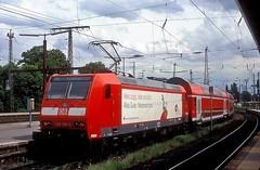 146 106  Bremen  24.05.06 (w. + h. brutzer) Tags: bremen 146 eisenbahn eisenbahnen deutschland germany railway elok eloks lokomotive locomotive zug db webru analog nikon werbeloks