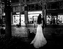 Commemorative photo of marriage (sapphire_rouge) Tags: marunouchi 丸の内中通り nakadouri 丸の内 tokyo illumination bride wedding weddingdress lady girl