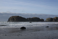 I can see all the way through Elephant Island (rozoneill) Tags: bandon beach face rock coquille point river devils kitchen oregon coast trail hiking