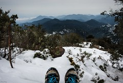 once upon a time a girl played in the snow... (*BegoñaCL) Tags: snow winter montain serradespadà castelló larápita boots selfie begoñacl hike