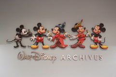 "Walt Disney Archives Logo • <a style=""font-size:0.8em;"" href=""http://www.flickr.com/photos/28558260@N04/44918689225/"" target=""_blank"">View on Flickr</a>"