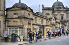 The shops on Pulteney Bridge, Bath, Somerset (Baz Richardson) Tags: somerset bath pulteneybridge georgianarchitecture bridges streetscenes