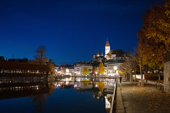 Aarequai at Night (Bephep2010) Tags: 2018 35mmf14dghsmart 7markiii aare aarequai alpha altstadt bern bäume fluss herbst ilce7m3 nacht reflektion scherzligschleuse schleuse schweiz sigma sony switzerland thun autumn fall night oldtown reflection river trees watergate ⍺7iii kantonbern ch