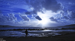 Galicia Come my way (Ismael Owen Sullivan) Tags: nikon nature naturaleza natural night nubes clouds d5300 digital dark azul blue mar playa beach landscape libertad free wild galicia gallego photography pontevedra cambados horizont horizonte españa europa europe sky sea shadow spain