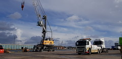 IMG-20190305-WA0000 (JAMES2039) Tags: volvo fm12 ca02tow fh13 globetrotter pn09juc pn09 juc tow towtruck truck lorry wrecker rcv heavy underlift heavyunderlift 8wheeler 6wheeler 4wheeler frontsuspend rear rearsuspend daf lf cf xf 45 55 75 85 95 105 tanker tipper grab artic box body boxbody tractorunit trailer curtain curtainsider tautliner isuzu nqr s29tow lf55tow flatbed hiab accidentunit iveco mediumunderlift au58acj ford f450 renault premium trange cardiff rescue breakdown night ask askrecovery recovery scania bn11erv sla superlowapproach demountable